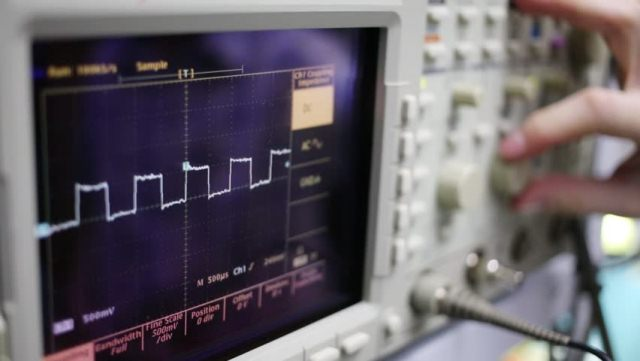 osciloscopio de banco para ecus